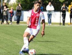 Ajax Amsterdam Rekrut Pemain Berdarah Maluku Tristan Gooijer