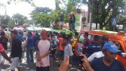Ratusan Sopir Angkot Mogok, Warga Ambon Kesulitan Transportasi