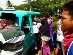 Ratusan Warga Ambil Paksa Jenazah Covid-19 di RSUD Masohi