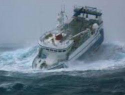 Waspadai Gelombang 4 Meter Ancam Perairan Maluku