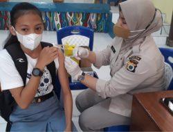 Polda Maluku Vaksinasi 1.054 Warga Ambon